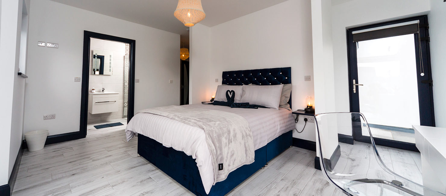 Featherbed House bedroom
